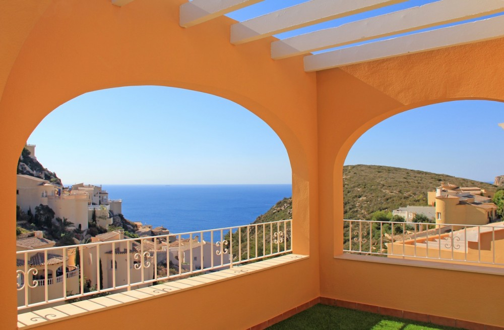 Квартира в испании с видом на море